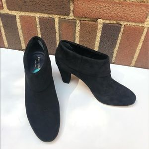Kate Spade Black Suede Fold-Over Heels Size 8